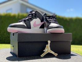Nike Air Jordons Mid -Neu- OVP