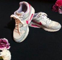 Nike Air Max Sneaker in grau/ weiß/ pink/ flieder