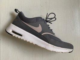Nike Air Max Thea Grau/Rosa (Gr. 41)