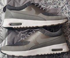 Nike Air Max Thea Knit, Größe 39, silber/ grau