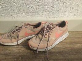 Nike Air Max Thea rosa Größe 39
