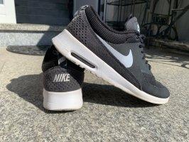 Nike Air Max Sneakresy na obcasie czarny-biały