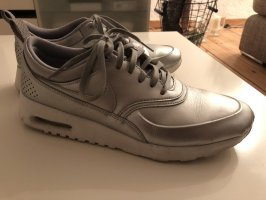 Nike Zapatilla brogue color plata