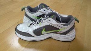 Nike Air Monarch Gr. 44 weiß/ grau