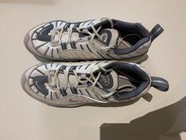 Nike Air Schuhe 39
