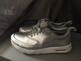 Nike Air Sneaker silber