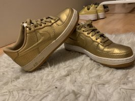 Nike Airforce 1 Gold