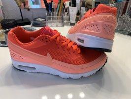 Nike AirMax 40