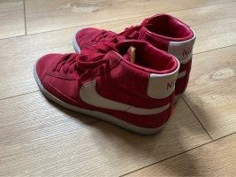 Nike Balzer