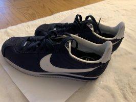 Nike blau 38