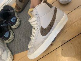 Nike Blazer 36.5 Schlangen Muster