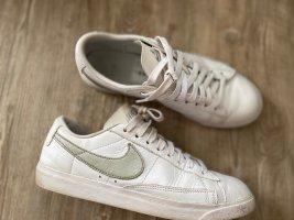 Nike Blazer Gr.40.5 6,5 weiß Sneaker Schuhe grau top