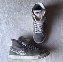 Nike Blazer in grau mit Glitzer