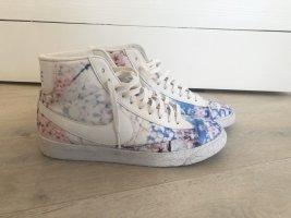Nike Blazer Mid Cherry Blossom, Größe 38,5