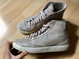 Nike Blazer Mid Damen Sneaker in beige, Gr. 38,5