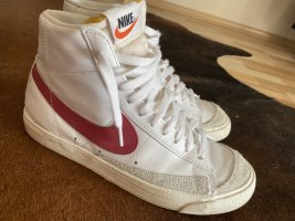 Nike Blazer New