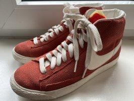 Nike Blazer Rot