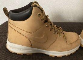 Nike Desert Boots beige leather