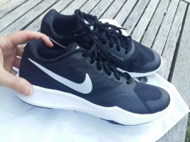 Nike City Trainer Sneaker Laufschuh