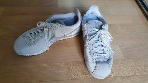 Nike Cortez, Samt / Leder hellgrau, kaum getragen, Gr. 38,5, top Zustand