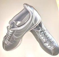 Nike Cortez Sneaker Gr.38,5 w. neu