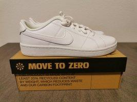 Nike Court Royale Gr. 40.5