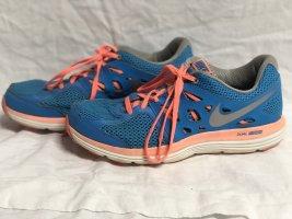 Nike dual fusion 42 Laufschuhe