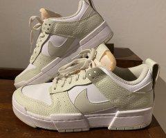 Nike Dunk Low Disrupt Sneaker