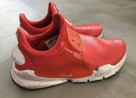 Nike Scarpa slip-on salmone