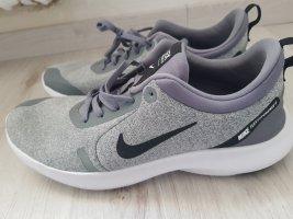 Nike Flex Experience 8 42, 42,5 Neu Grau AJ5900-012