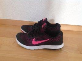 Nike Flex in Größe 38 in der Farbe schwarz mit pink