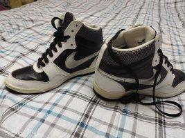 Nike Force 38.5