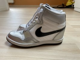 Nike Force Schuhe