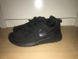 Nike Free Gr 39 Sneaker
