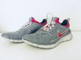 Nike Free  grau / pink Gr. 4,5 / 38