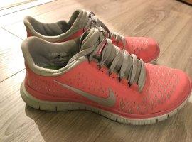 Nike Free Größe 38