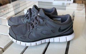 Nike free run 2 / grau / Größe 41