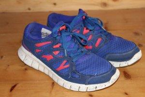 Nike Free Run 2 Sneaker  Größe 40 (41)