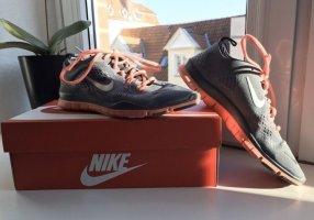 Nike Free Run 5.0 Sneaker 36,5