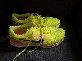 Nike High Top Sneaker yellow