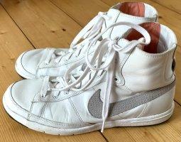NIKE High Top Sneaker Blazer Vintage weiß Leder 38,5 90er Basketball Style