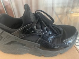 Nike Basket à lacet noir