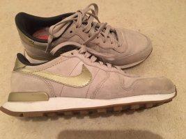 Nike Internationalist beige gold  Gr. 38