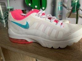 Nike ivo