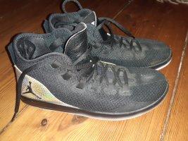 Air Jordan High Top Sneaker black-gold-colored
