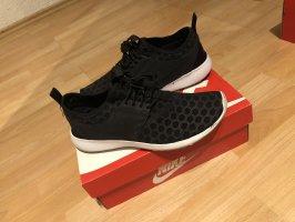 Nike Juvenate Größe 40