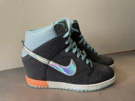 Nike Keil Sneaker