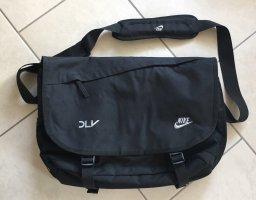 Nike Laptop-Umhängetasche