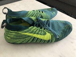 Nike Laufschuh gym Sport sneaker Gr 39 neuwertig