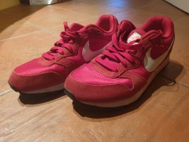 Nike MD runner 2 Damen